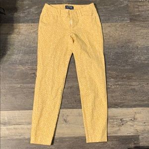 Old navy mid rise pixie pants